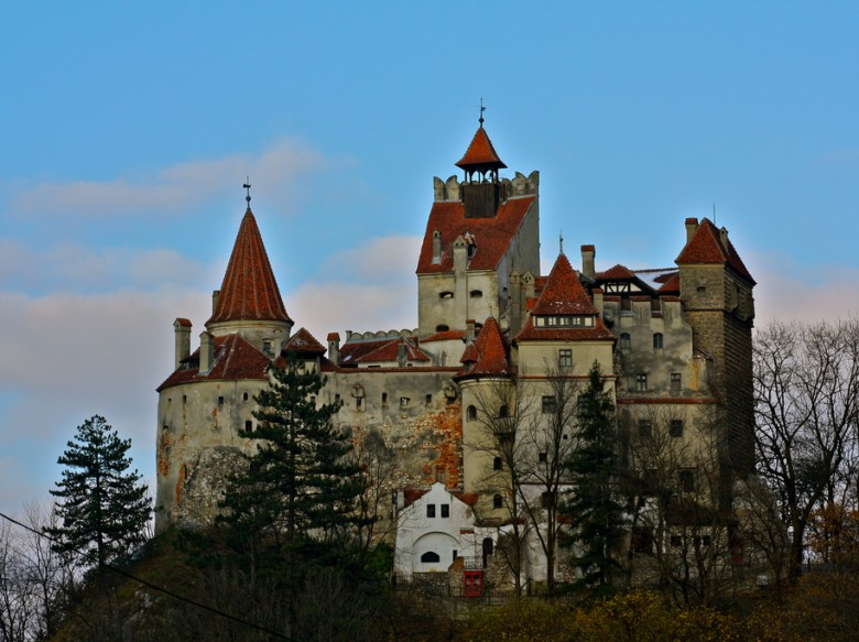 Open House How Much Does It Cost To Live In The Draculas Castle - Live-bran-castle-pictures