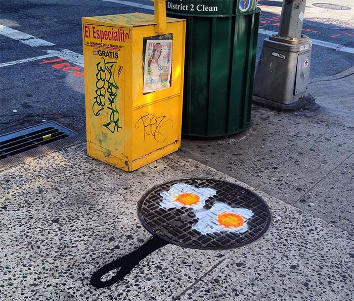 New York Street Artist - Old Furniture
